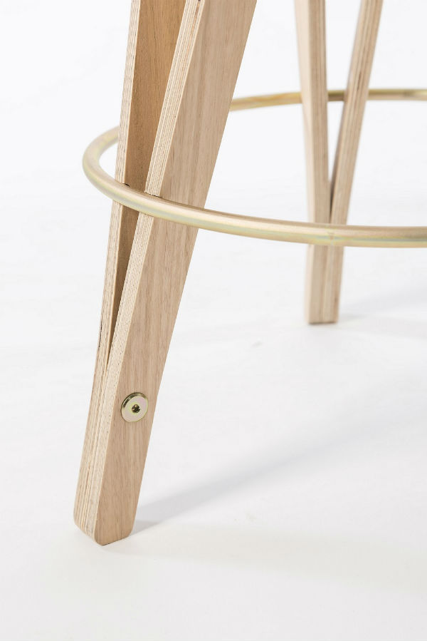 Flex_stool-close-up_600