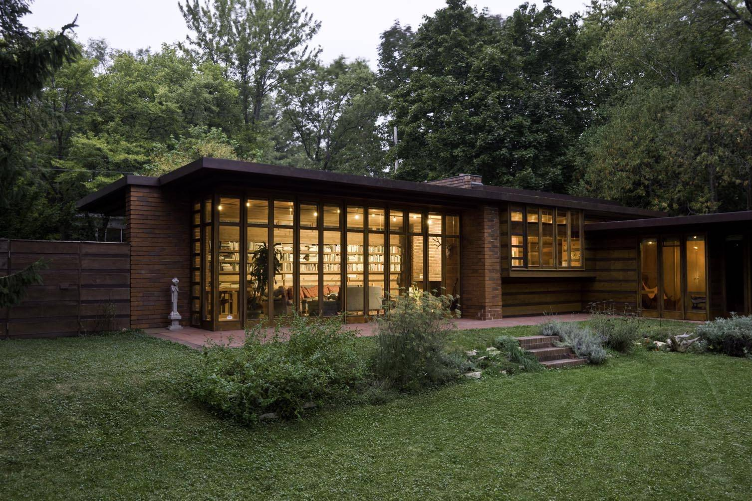 Frank Lloyd Wright's Usonian homes: the original low-cost, co-op housing