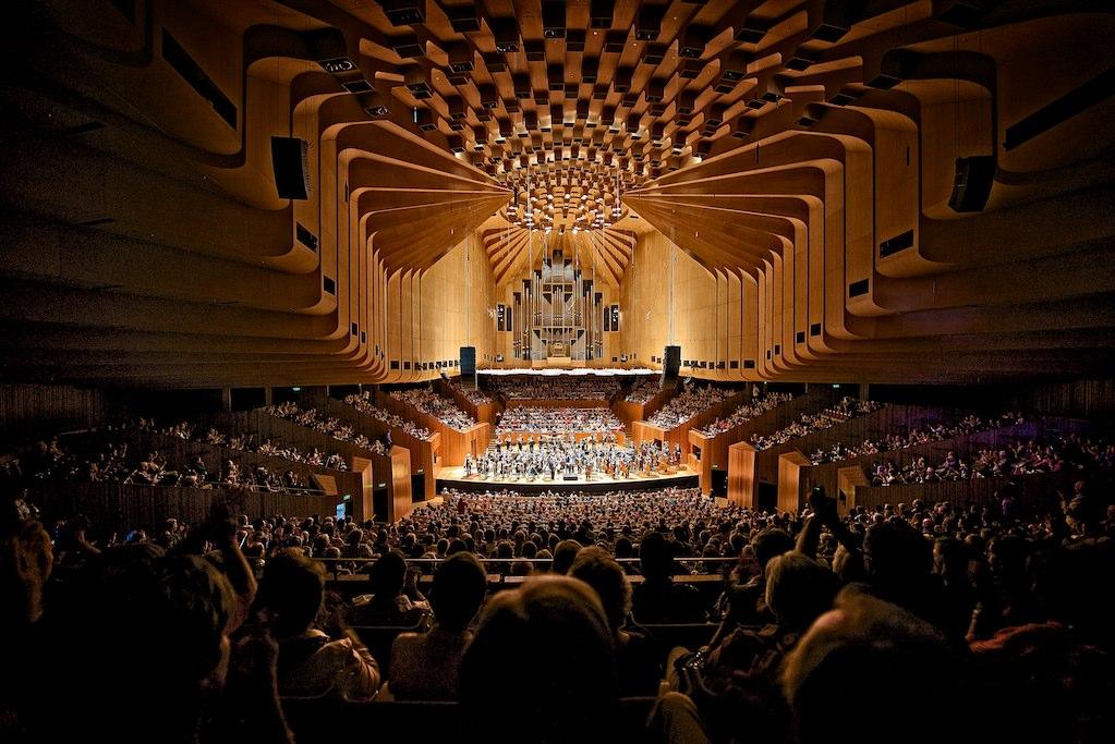 Sydney Opera House interior. Photo by Jason Tong.