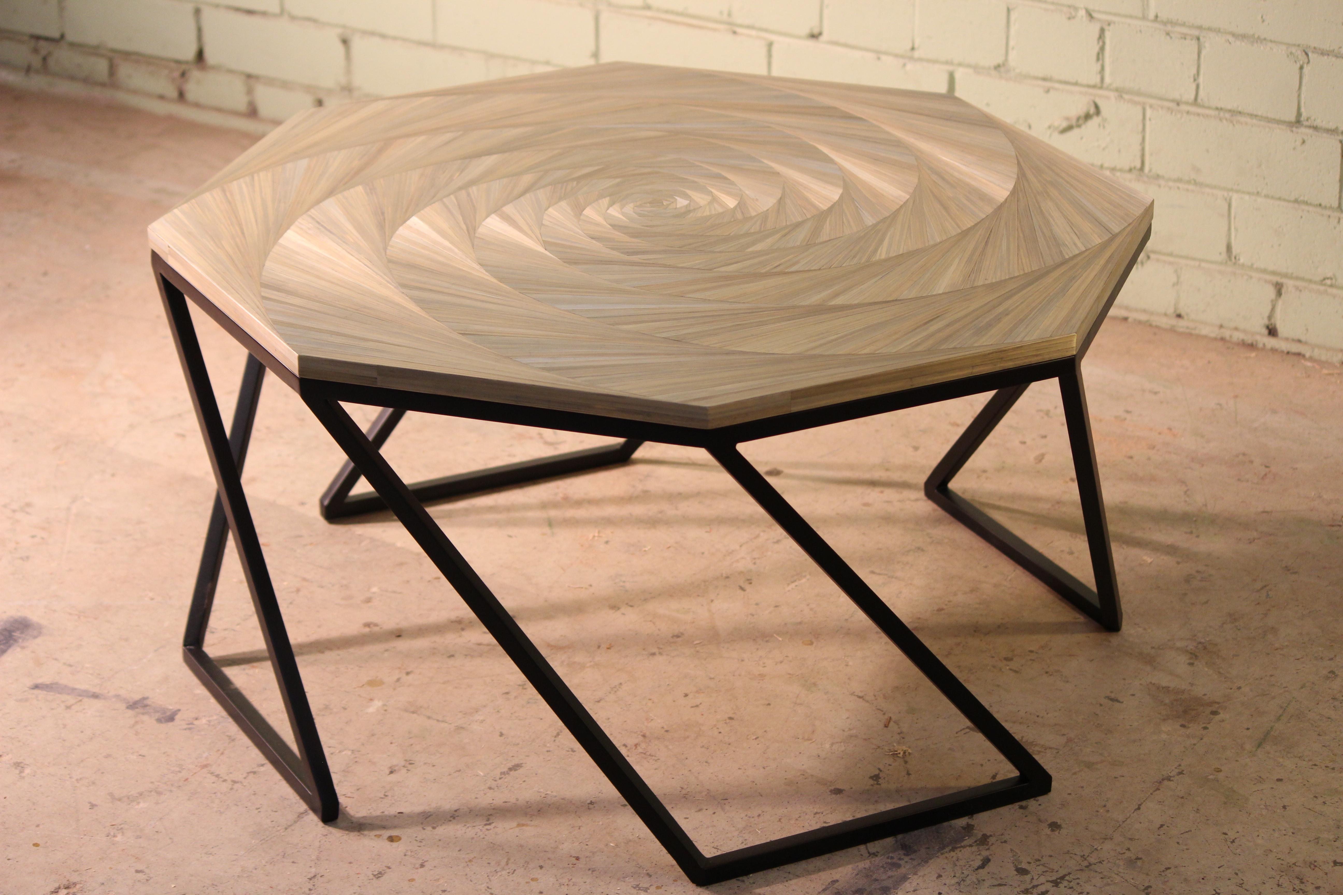 Vortex table by Arthur Seigneur.