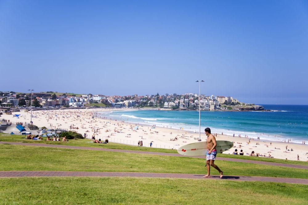 Bondi beach, Sydney. Image copyright boggy22/123RF Stock Photo.
