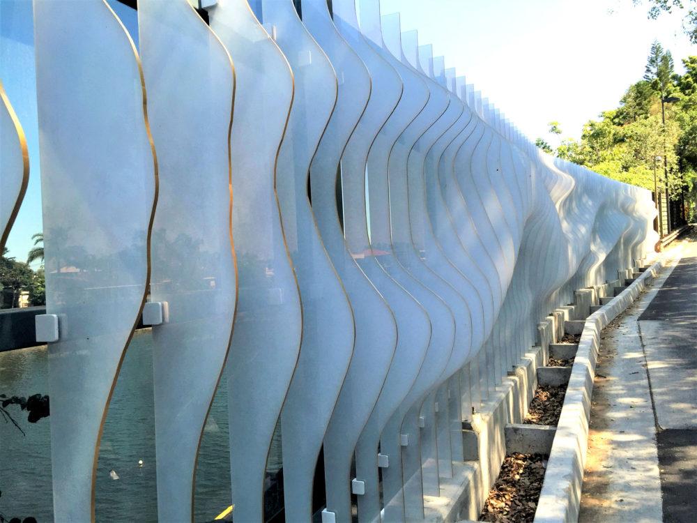 architectural-decorative-sound-barrier-polycarbonate-ar