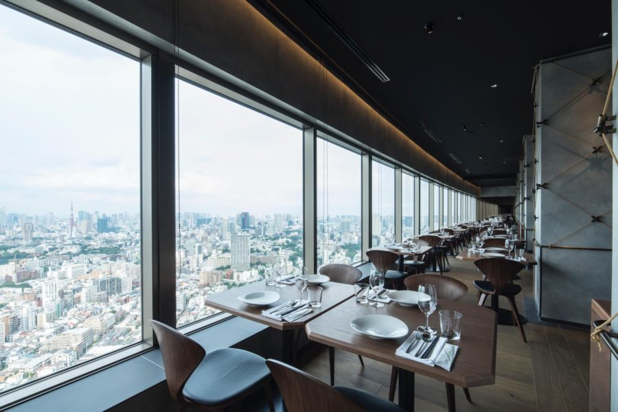 The new space sits on the 39th floor. Photo by Satoshi Matsuo.