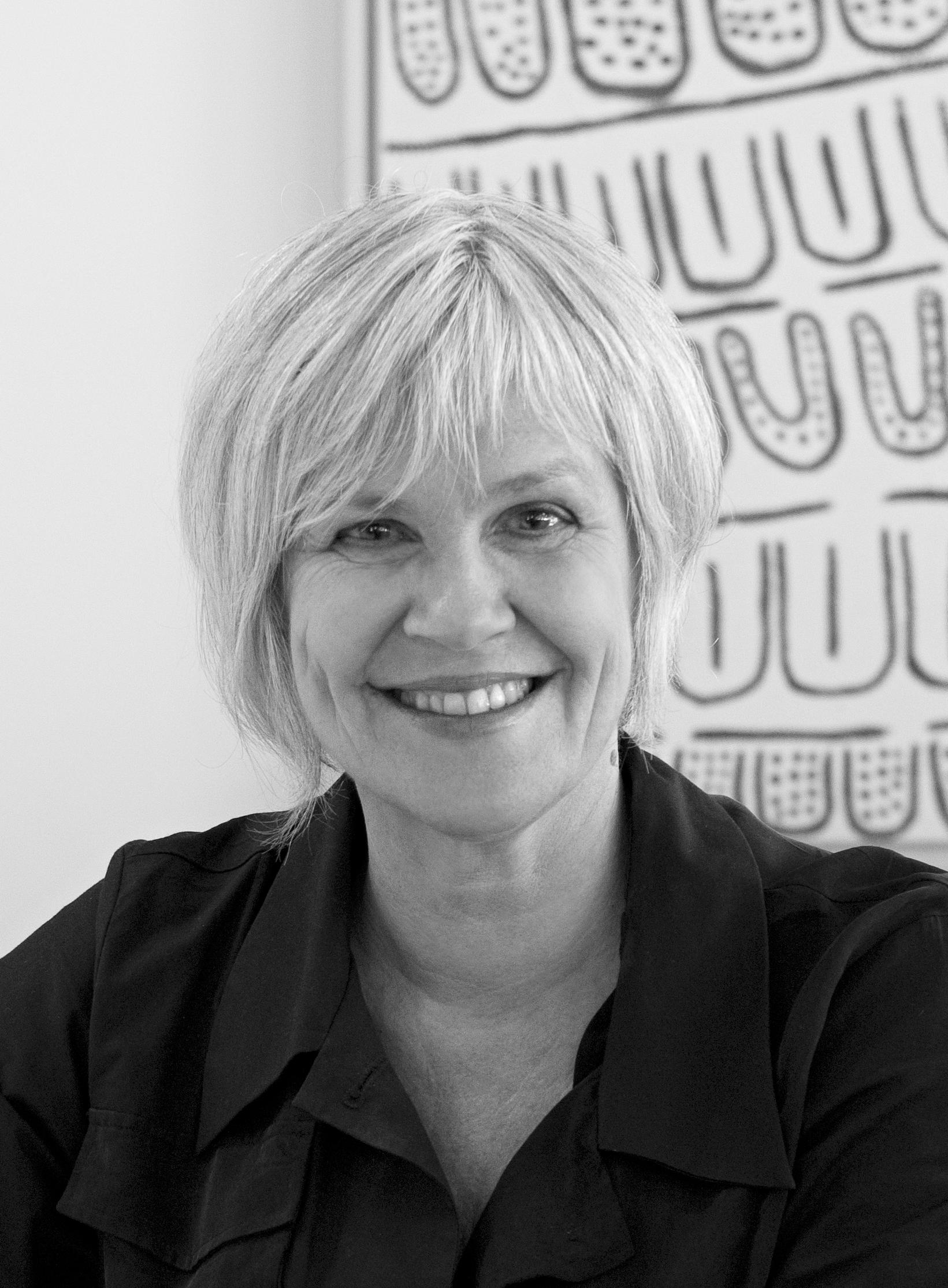 Headshot of Elizabeth Watson Brown