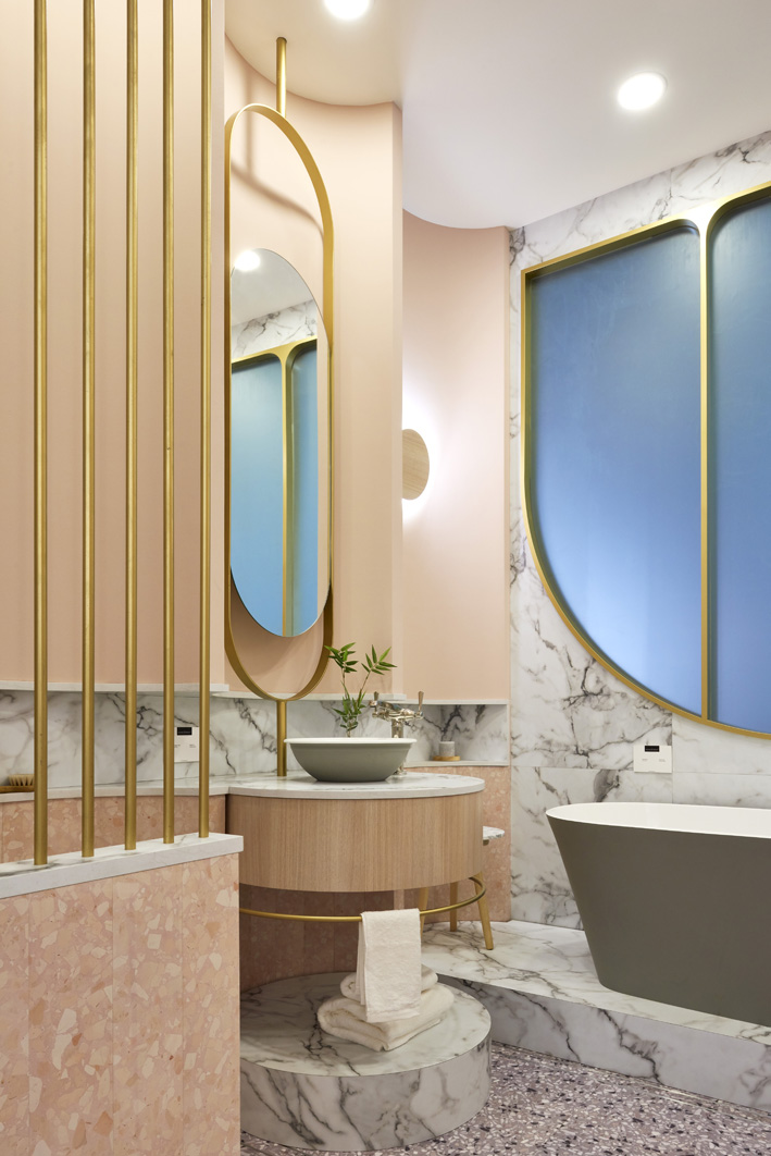 Winning bathroom design by Renee Popovic