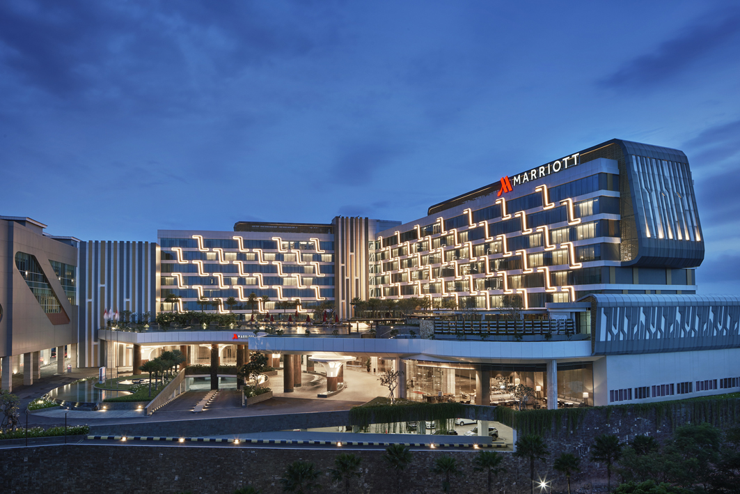 Exterior Night time of the Yogyakarta Marriott Hotel