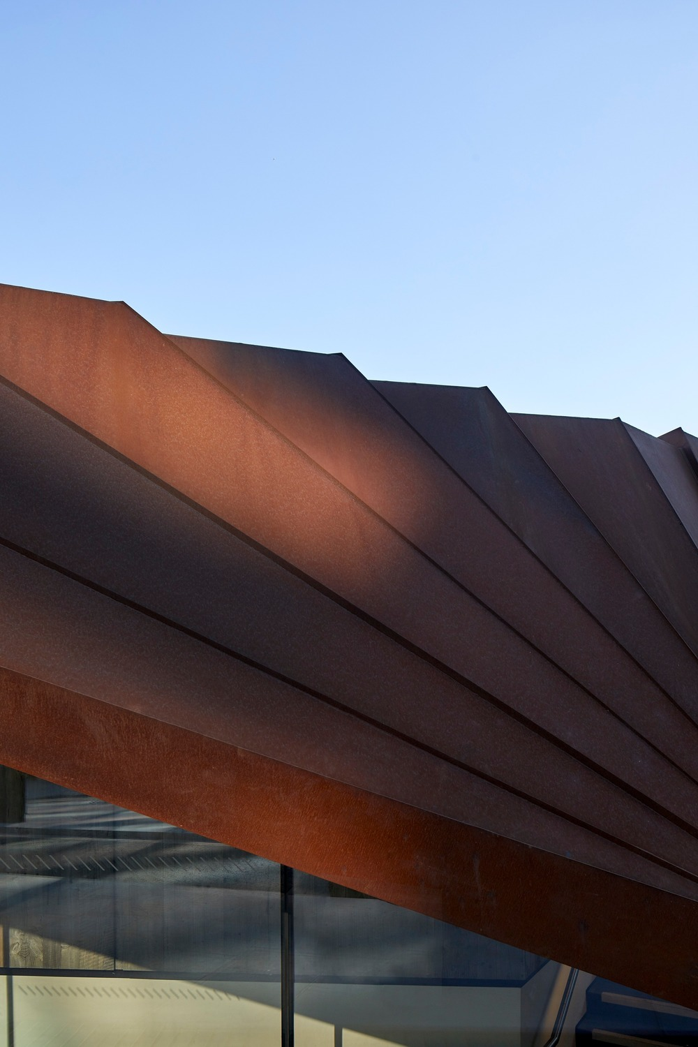 Details of the angles on the pavilion roof