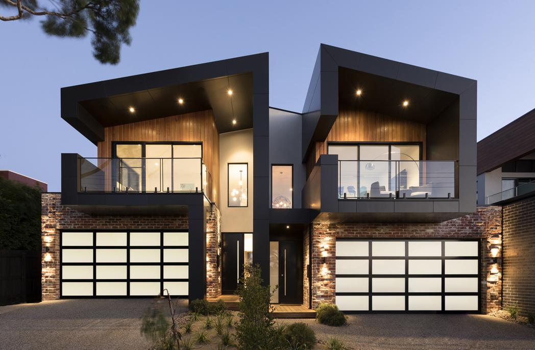 Mornington house by Little Brick Studio