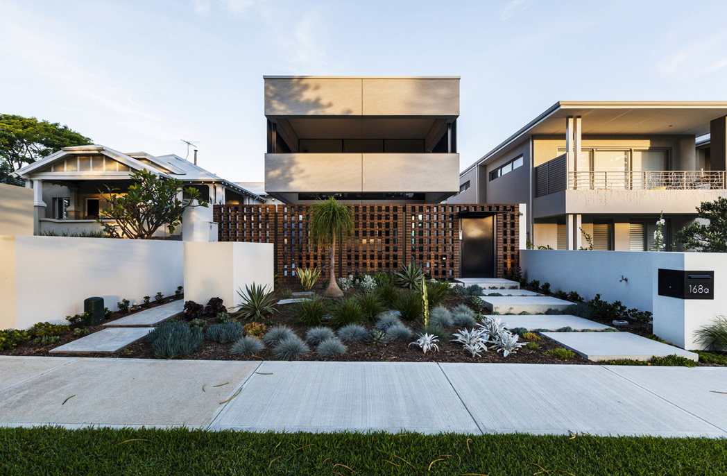 Insideoutside Living Underpins The Design Of This Perth