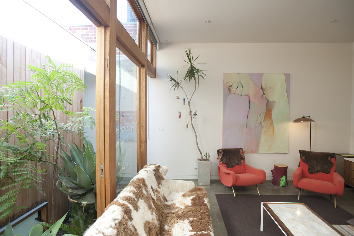Light and bright spaces in the living room