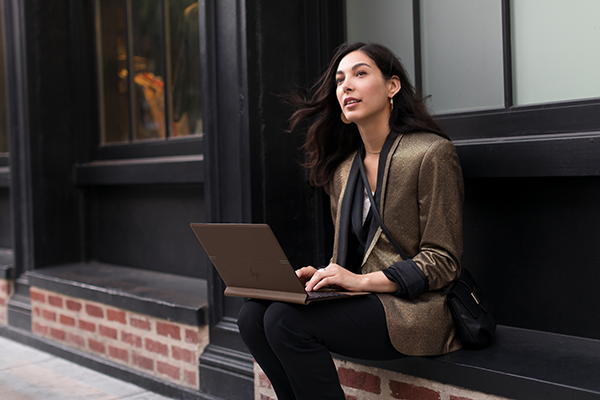 HP Spectre Folio lifestyle