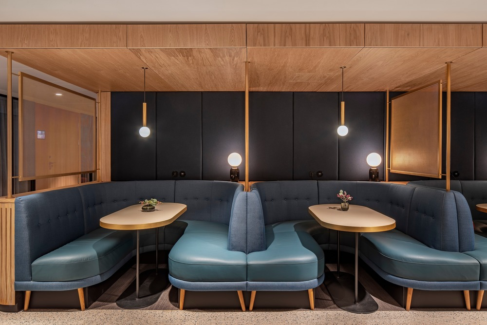 Café Norge seating