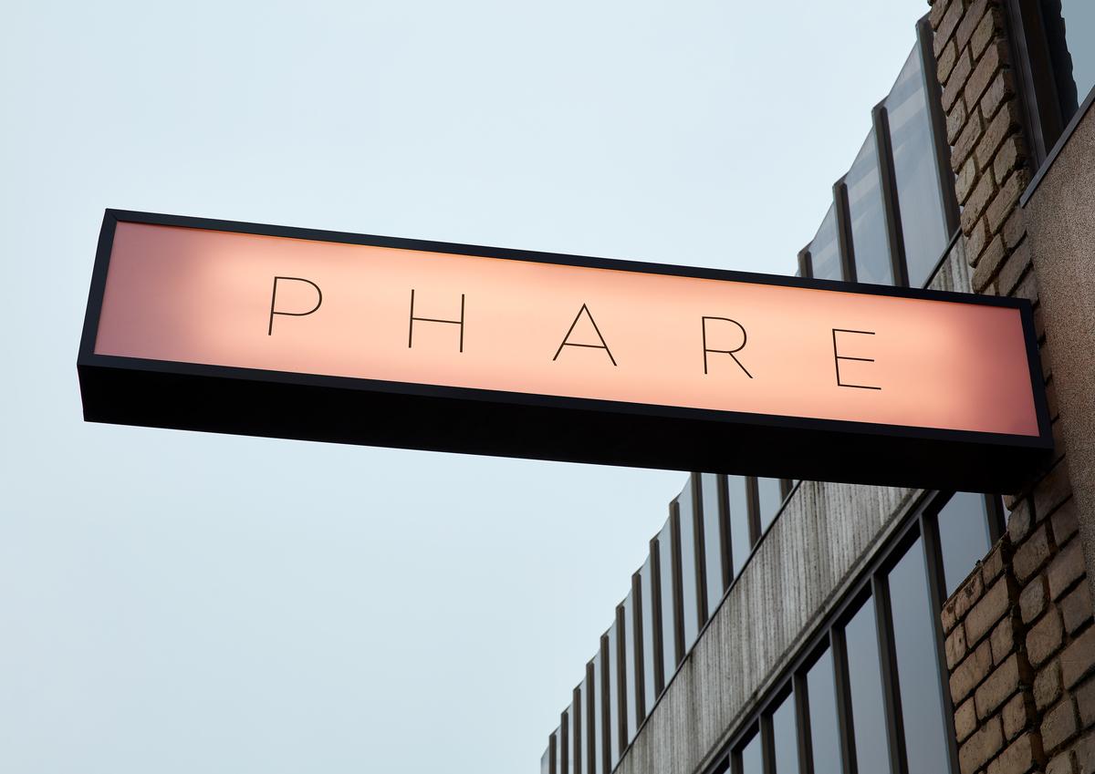 Phare sign