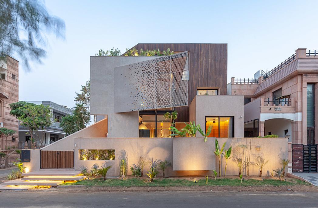 Chhavi house