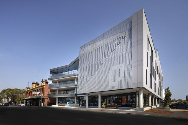 Prahran High School by Gray Puksand