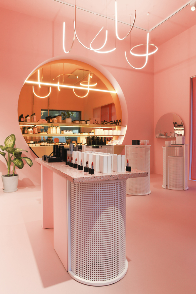 Mooy store by WeWantMore
