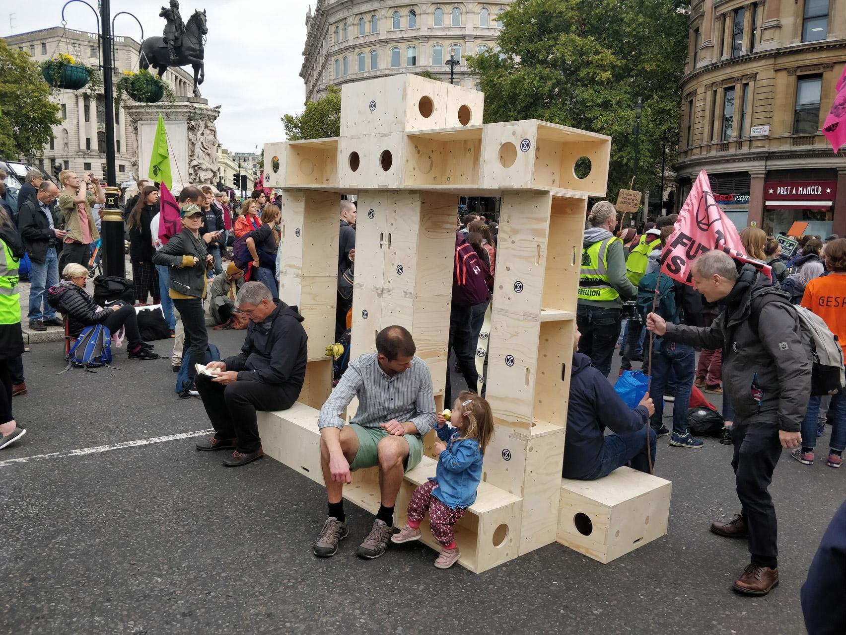 extinction-rebellion-protest-architecture-u-build-modular-boxes-_dezeen_1704_col_0