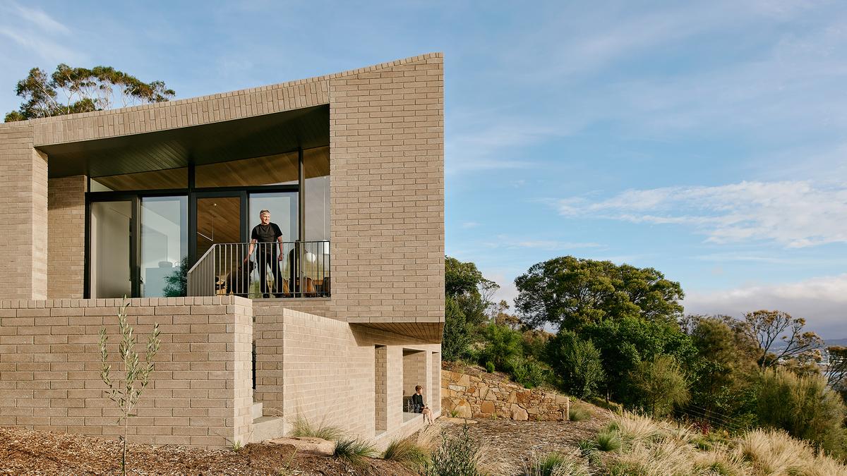 House at Otago Bay | Topology Studio | Photographer: Paul Hermes