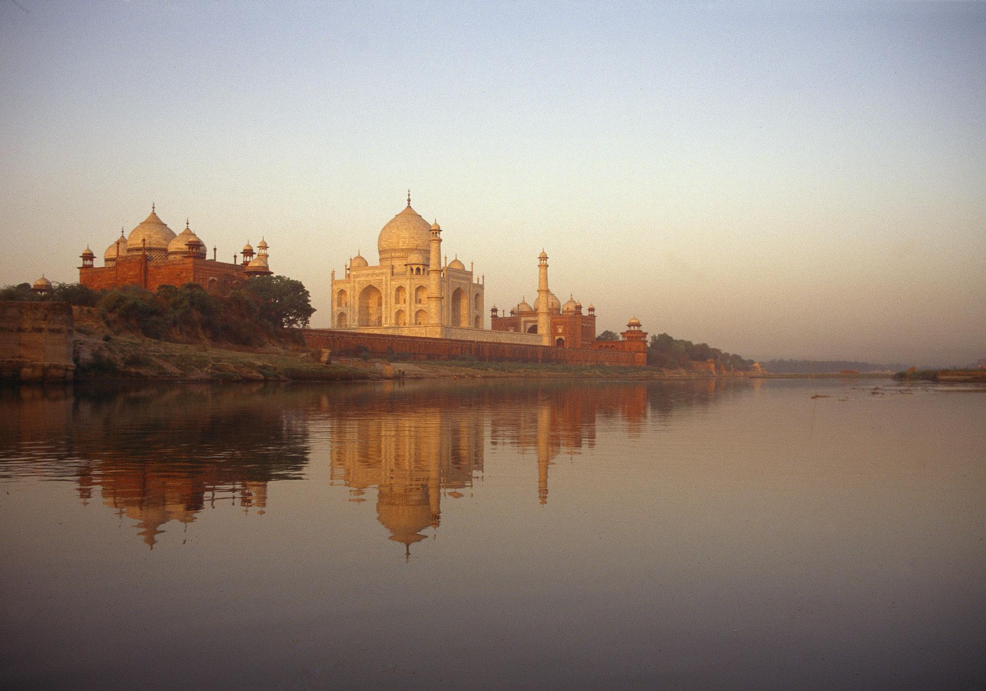 GOLLINGS---Taj-Mahal_A4
